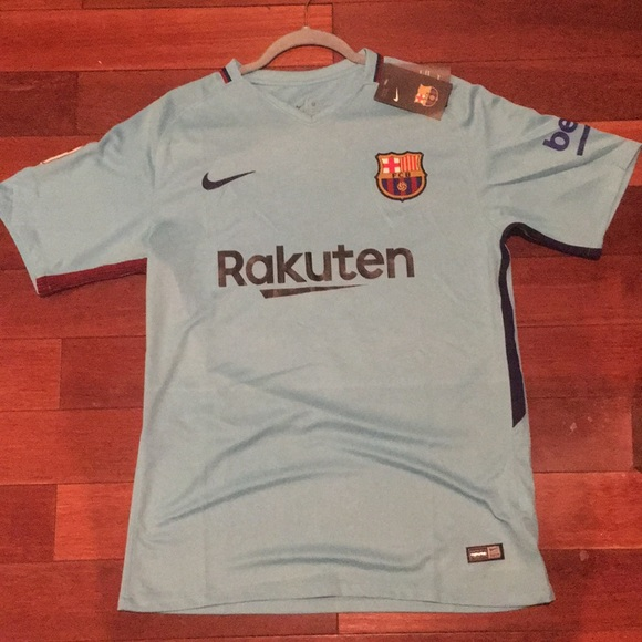 huge selection of 6d4f2 d1674 FC Barcelona Jersey -Messi #10 NWT